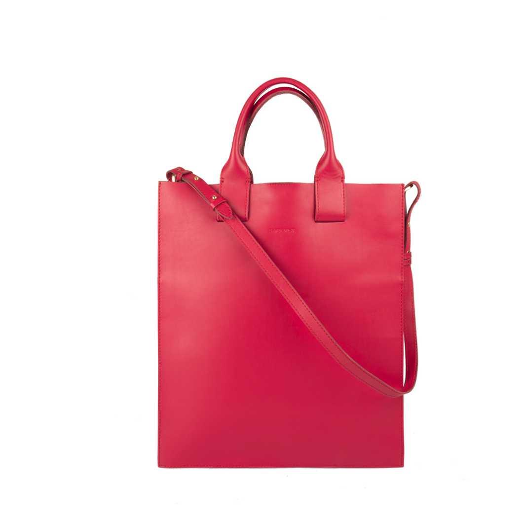 Kajsa - Cherry red