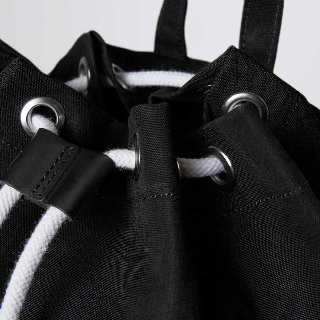 Evert - Black